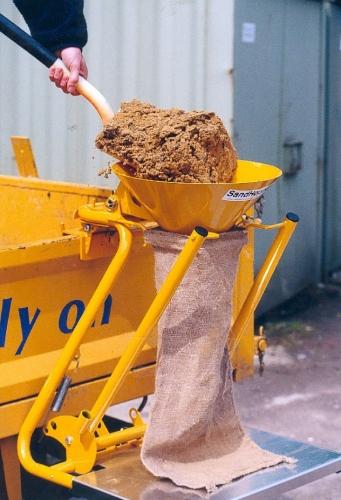 Sandhopper Portable Sandbag Filler